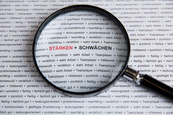 Mitarbeiterbeurteilung im Malerbetrieb und Stuckateurbetrieb. Auf die Stärken und Schwächen der Mitarbeiter kommt es an.