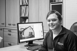 Beispiel einer erfolgreichen Betriebsübernahme im Malerhandwerk: Andreas Gustedt aus Bad Windsheim übernimmt als Mitarbeiter den Malerbetrieb Bruder.