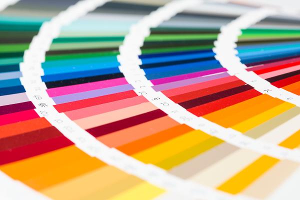 Mit paintersBOX, der Software für Farbgestaltung aus dem Hause C.A.T.S.-Soft, lassen sich im handumdrehen alternative Farbvorschläge erstellen.