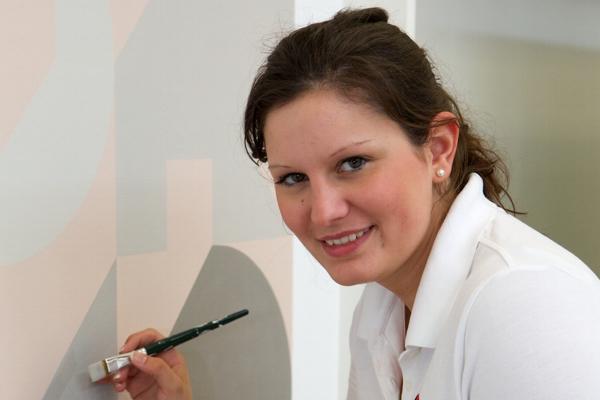 Malermeisterin Kim Bill vertritt das deutsche Malerhandwerk bei den Europameisterschaften in Lille/Frankreich.
