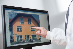 Optimale Chefentlastung durch professionelle Mitarbeiterbesprechung anhand eines Farbentwurfs mit paintersBOX.