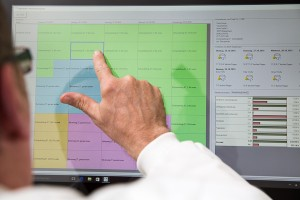 Mitarbeiter-Infoscreen liefert dem Maler und Stuckateur Ressourcenplanung und Einsatzplanung auf Knopfdruck