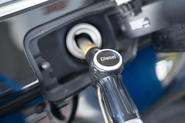 Droht Fahrverbot für Dieselfahrzeuge in Innenstädten? Umweltminister wollen blaue KFZ-Plakette.