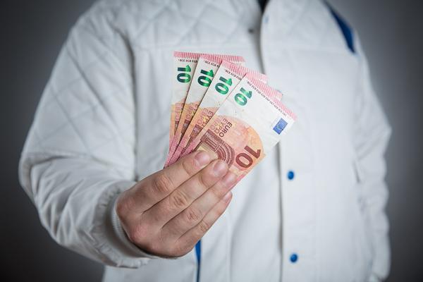 Praxis-Tipp: Bei Zahlungsverzug 40 Euro-Schadenspauschale fordern