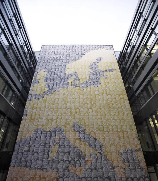 """Projekt """"STAFF WALL"""" von Strauss & Hillegaart"""