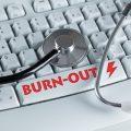 Stressbewältigung: Wenn Hektik den Arbeitstag bestimmt, ist der Burn-Out nicht weit
