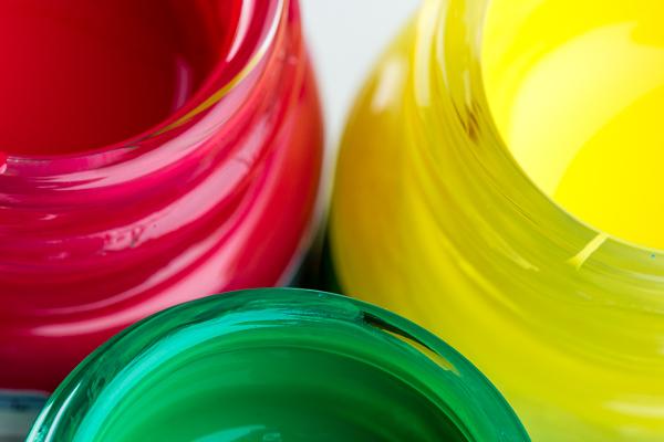 Farbenindustrie unter Druck: Höchststände bei Rohstoffpreisen – Lieferengpässe bei Titandioxid