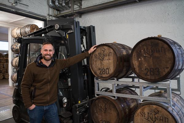 Der Master Distiller Mario Rudolph. von der St. Kilian Distillers GmbH in Rüdenau.