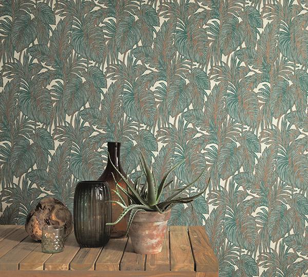 Ein üppiges Blattmotiv aus der Kollektion Hacienda zaubert echtes Mexiko-Feeling an die Wand, Foto: Erismann & Cie. GmbH
