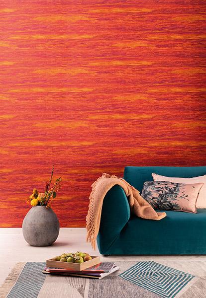"""Der Ethno-Look findet sich auch bei der Marburger Tapetenfabrik. Chefdesigner Dieter Lange sieht in dem neuen """"Ethno Chic"""" ein Hauch Exotik, leuchtende Farbkombinationen und ausdrucksstarkes Mix & Match, Foto: Marburger Tapetenfabrik."""