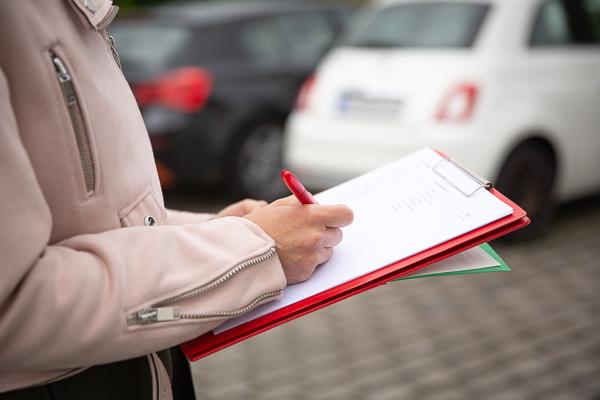 Achtung: Firmen-Fahrzeuge bedürfen jährlicher DGUV-Prüfung