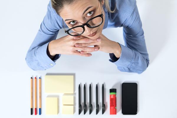 Ordnung im Büro: Praktische Tipps zur direkten Umsetzung