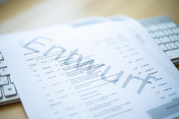 Umsatzsteuer richtig ausweisen: Rechnungsentwurf nutzen